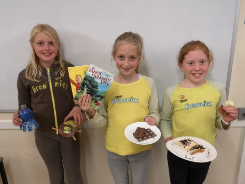 Thornbury Brownies receive highest award