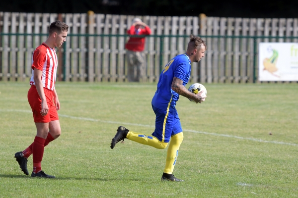 Rocky start to season for Thornbury Town
