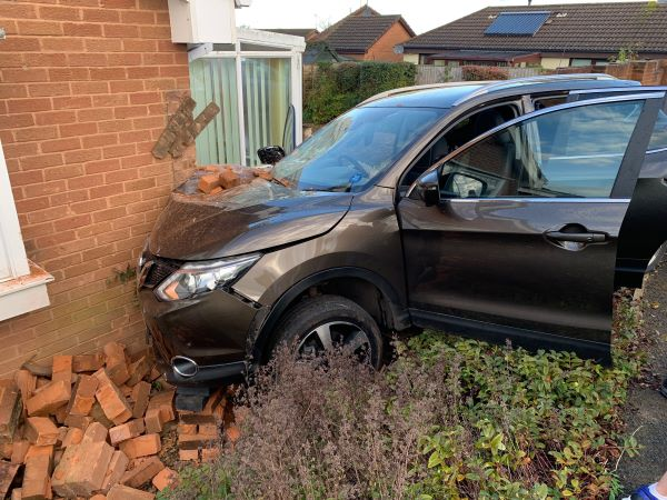 Woman injured as car crashes into bungalow in Thornbury