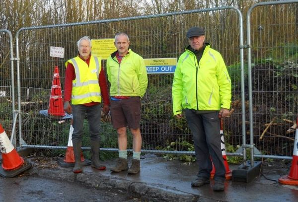 Thornbury woodland site fenced off as fight is stepped up