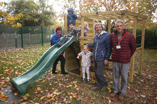 Councillor's donation helps fund climbing frame