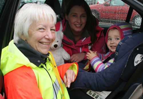 Faults found during child car seat checks in Thornbury